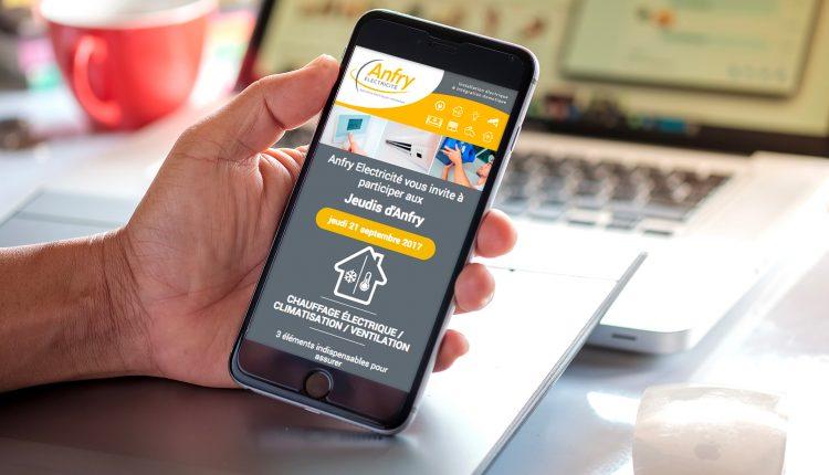 Newsletter Anfy électricité sur un smartphone